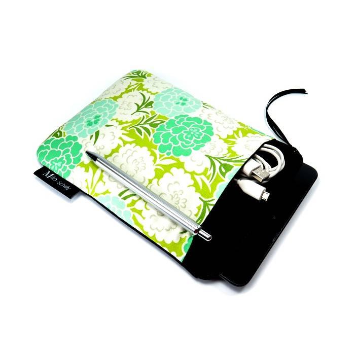 Tablet Hülle 7 / 8 Zoll Extrafach Tasche Reißverschluss Handarbeit Blumen grün weiß Bild 1