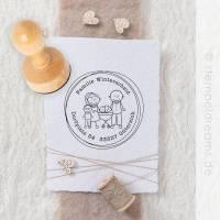 Familienstempel - Adressstempel für Familie - personalsierter Stempel - Figuren - Namen - Anschrift - Motiv: 655 Bild 1