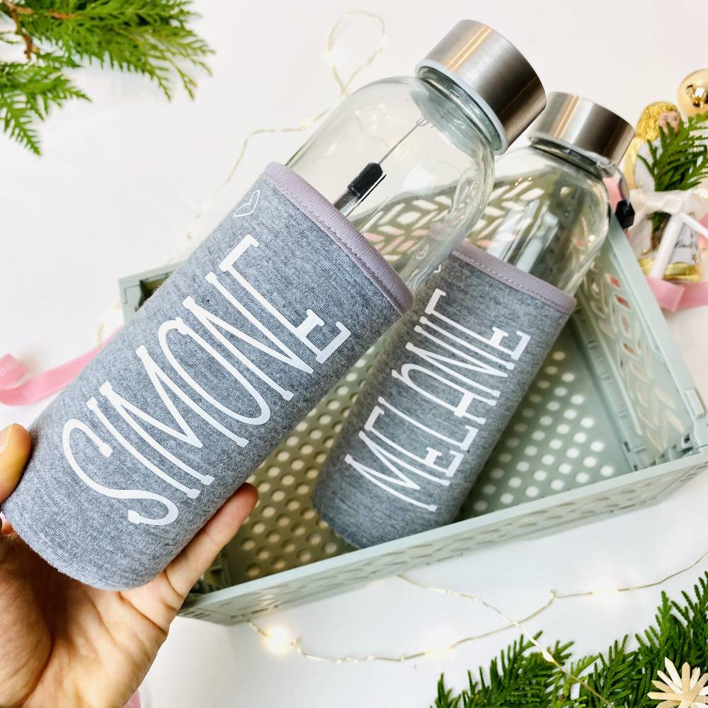 Trinkflasche aus Glas mit Neoprenbezug, Geschenk für Erzieherin / Tagesmutter Bild 1