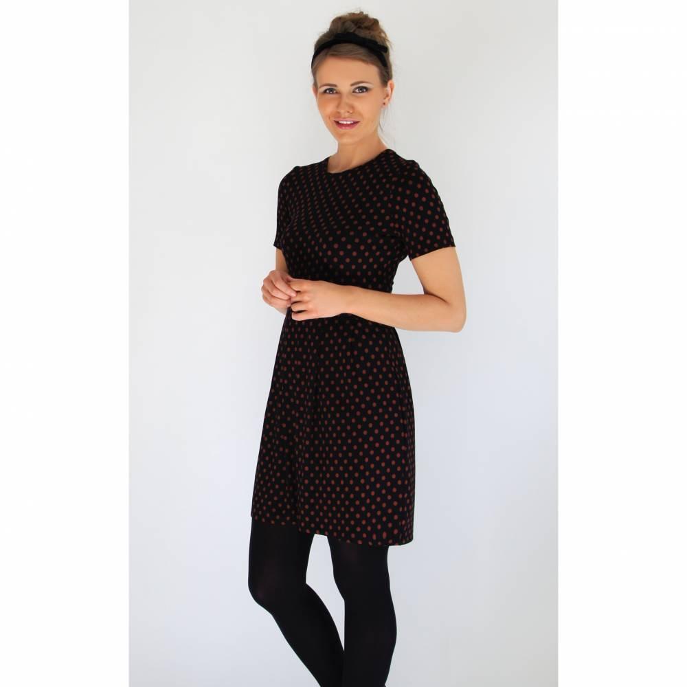 Kleid mit Ballonrock Punkt Bild 1