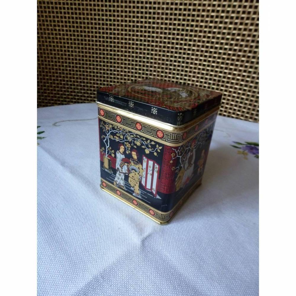 Alte kleine Teedose - Asiatisch  Bild 1