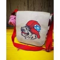 Umhängetasche, schultertasche, cooler Hund, cap, gassibag, Tasche Hund pit, Geschenk , sneaker Bild 1