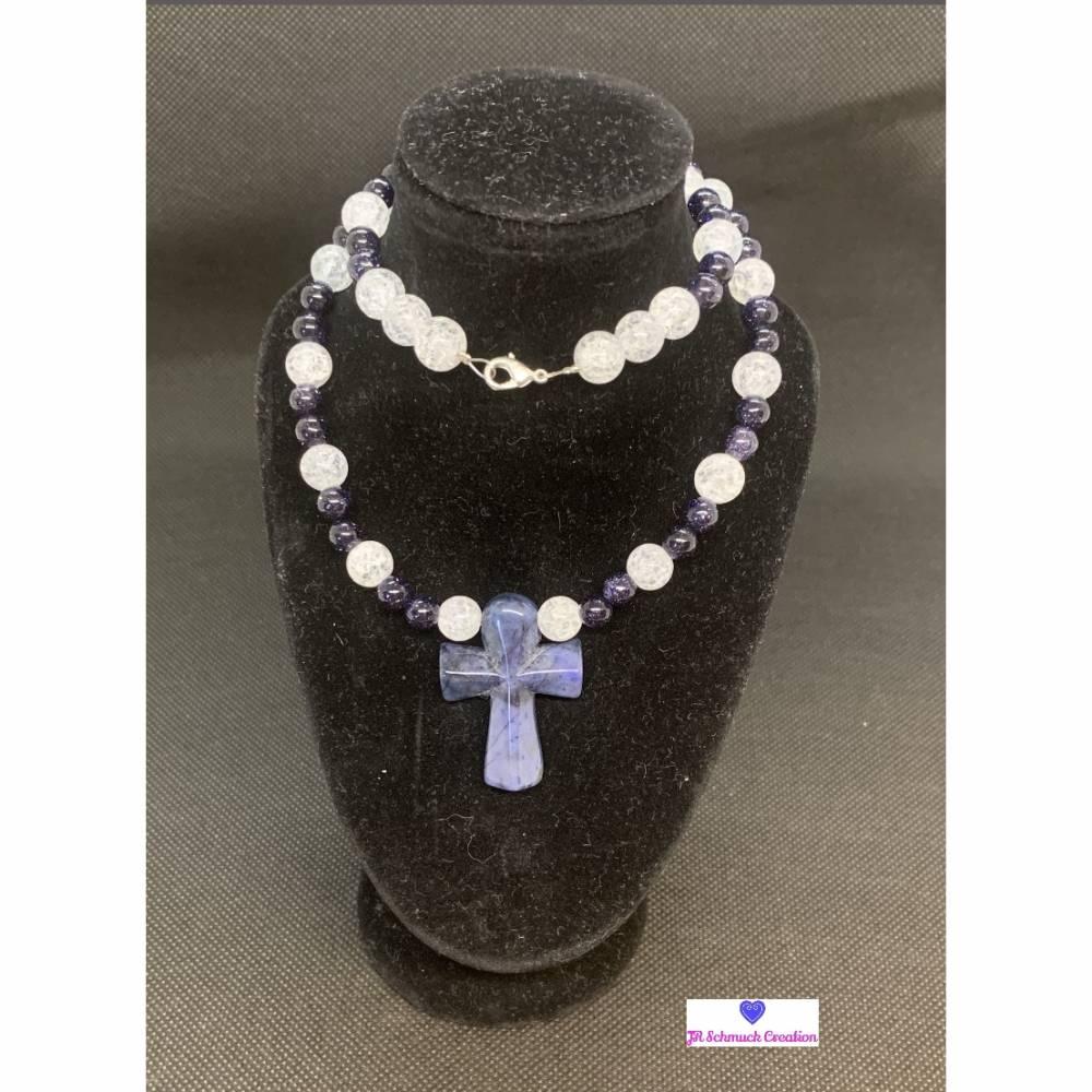Edelsteinkette aus Bergkristall, Blaufluss und Sodalith Anhänger Kreuz Bild 1
