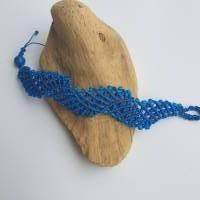 Wellen-Makrameearmband mit Perlen Bild 3