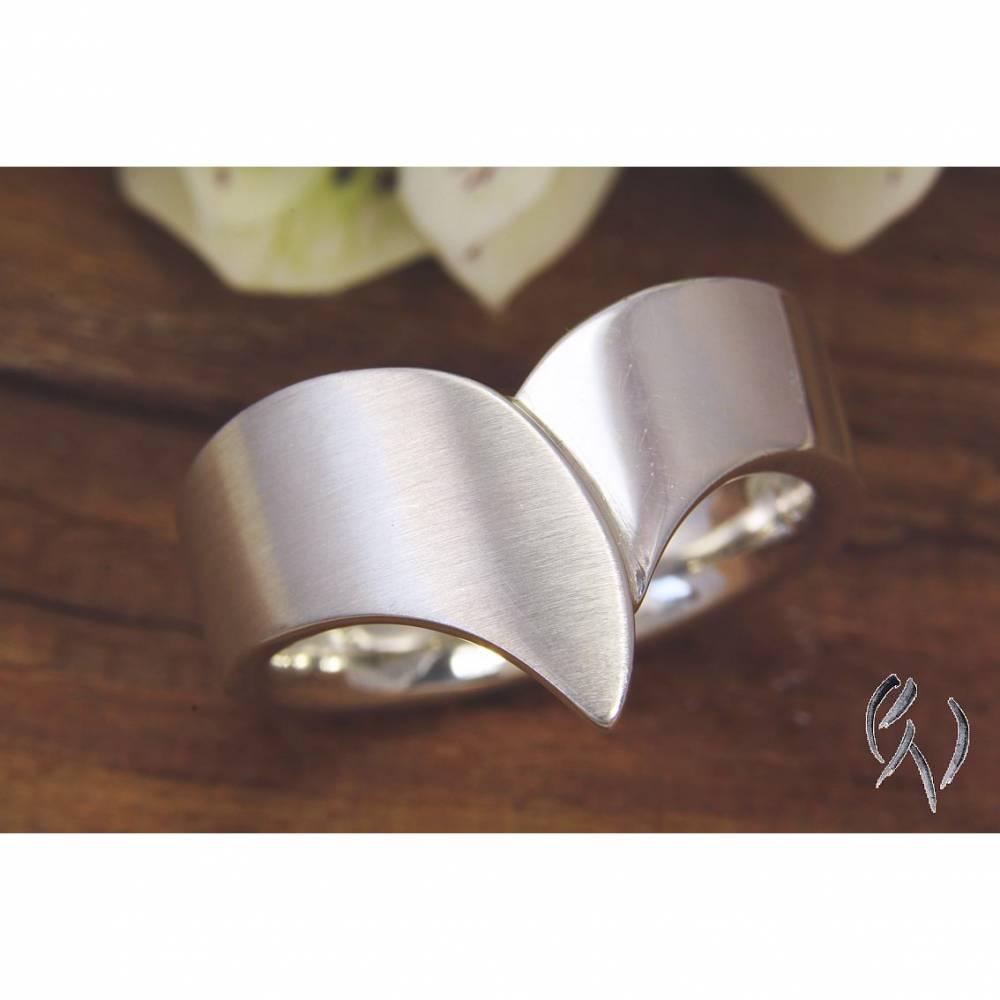 Auffälliger Ring aus Silber 925/- Bild 1
