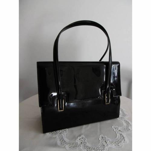VINTAGE *** schwarze Lack - Handtasche ***