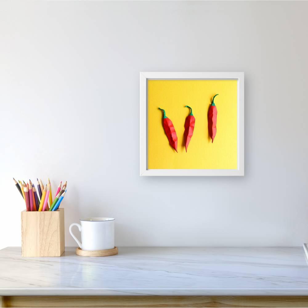 Rote Chilis // 3D-Wandbild aus Origami im Objektrahmen Bild 1