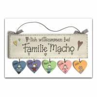 Türschild Holz handbemalt individuell personalisierbar, Namensschild Familie mit Herzanhänger Bild 1