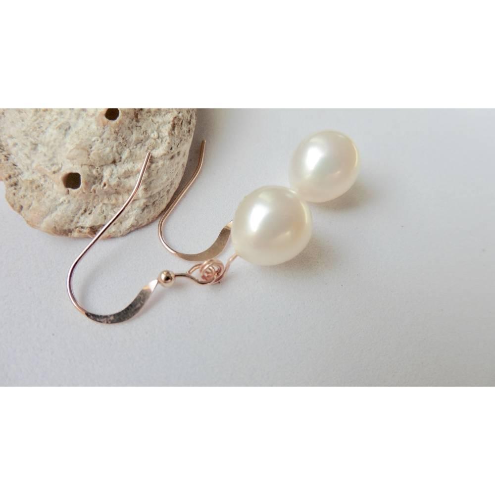 Perlenohrringe feine Perlenohrhänger weiße Tropfenperle 9x11 mm, roségold  Brautschmuck Hochzeitsschmuck Bild 1