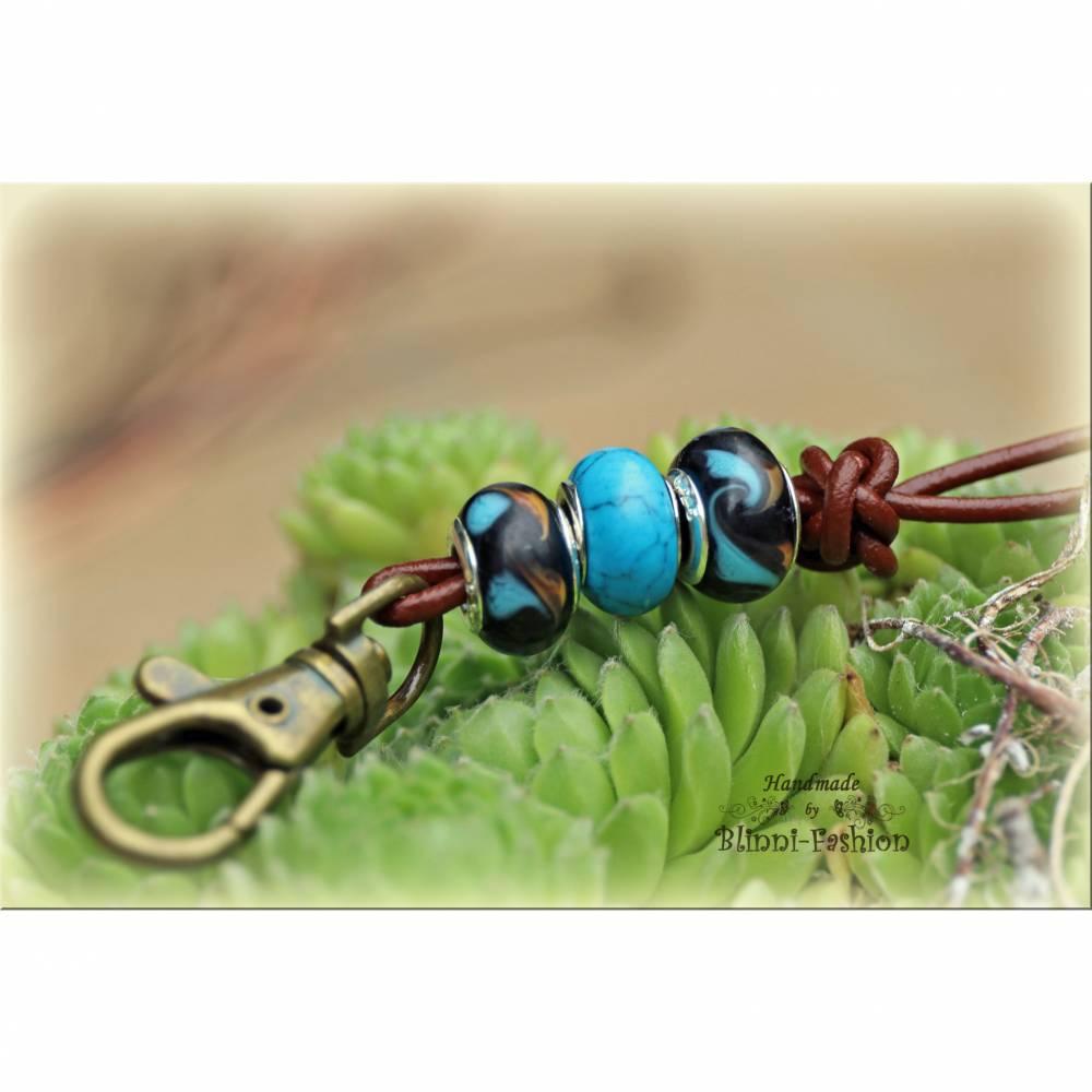 Pfeifenband aus Leder mit Lampworkperlen und Halbedelstein, Schlüsselband, lanyard, türkis schwarz, Halsband Hund Bild 1
