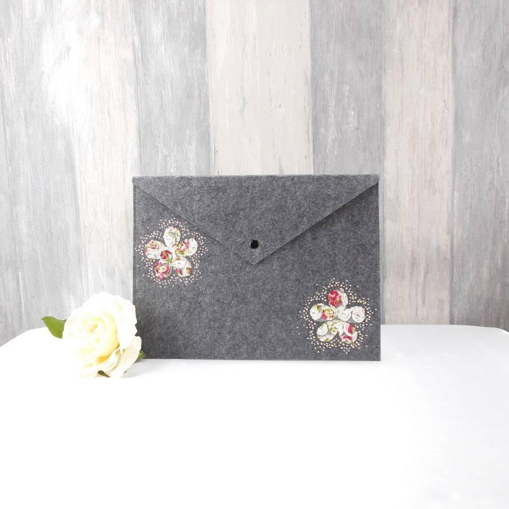 Dokumententasche , Aufbewahrungstasche,, Tablettasche,grau Filz, Storage bag , Aktentasche ,  Spitzenblüten Bild 1