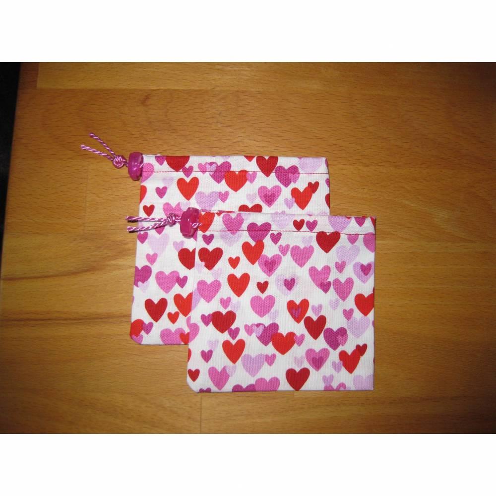 Stoffsäckchen klein Herzen Bild 1