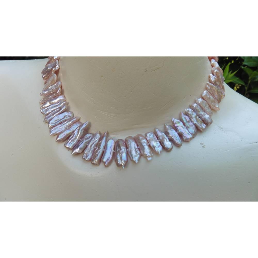 Perlencollier elegante Perlenkette Keshiperlen echte Perlen Pastell flieder rosa malve Choker Geschenk für Frauen Haifischzahn Brautschmuck Bild 1