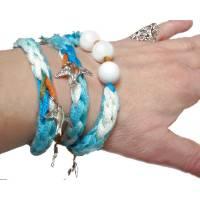 Textilarmband Wickelarmband *Schwalben* Häkelschmuck für den Sommer mit silberfarbenen Charm Anhängern Bild 1