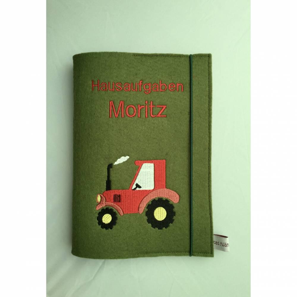 Hausaufgabenheft-Hülle personalisiert aus Filz Traktor  Bild 1