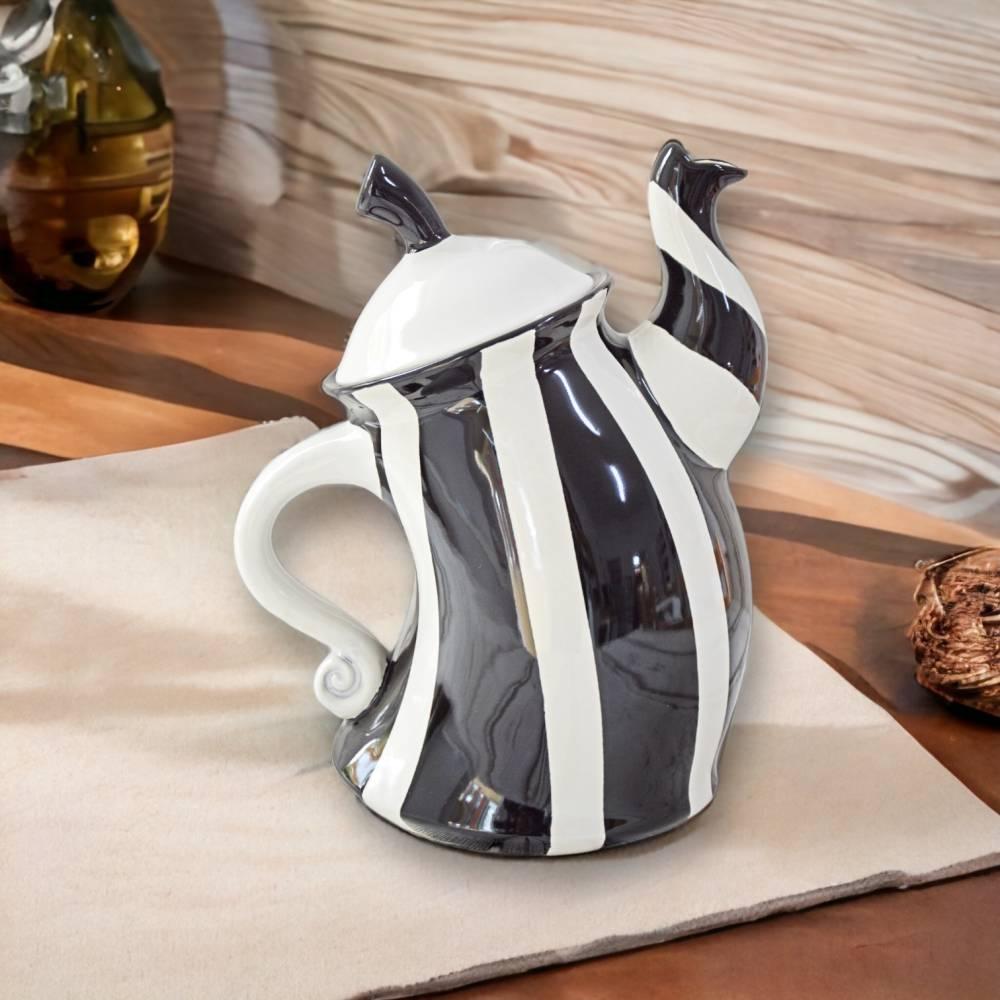 tanzende Teekanne, schwarz weiss gestreift, 1,5l, aus Keramik, handbemalt Bild 1