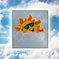 """Freebie Stickdatei """" Lachende Sonne 10 x 10 """"  Bild 1"""