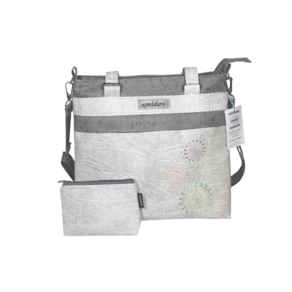 Handtasche und Mäppchen in weiß und grau mit Stickerei Bild 1