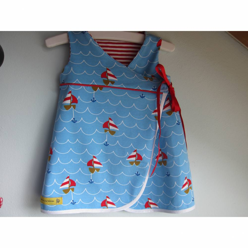 Blauer Sailing Away Kleinkind Bio Jersey Tunica  3-6 mo, 56 Wrap Kleid, Kleid mit Boote Bild 1