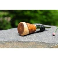 Stopfen Weinflasche Flaschenstecker Holz gedrechselt Goldregen rundlich Bild 1