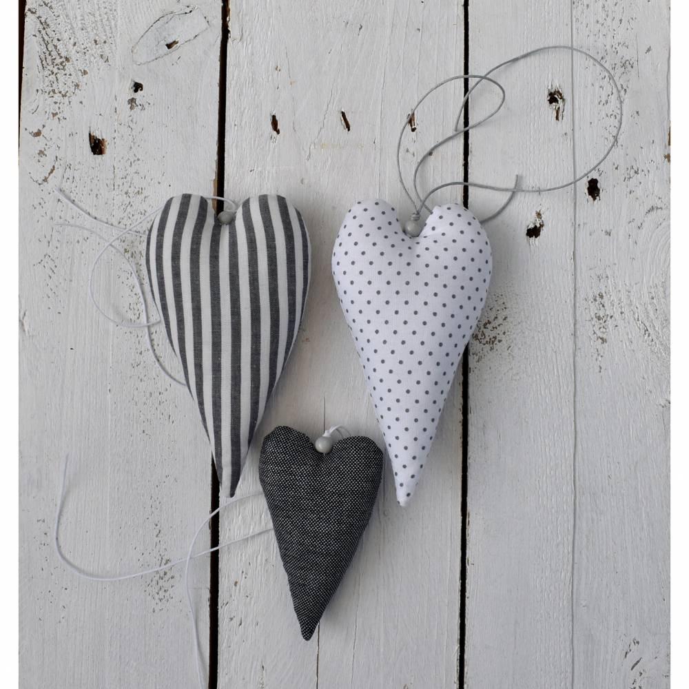 Set ( 3 Stück ) Stoffherzen, grau weiß, Geschenk, Dekoration Bild 1