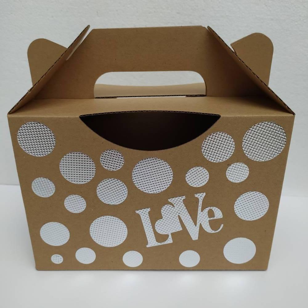 Geschenkschachtel _ Box _ Punkte und Love _ natur mit Silberfolienverzierung  Bild 1