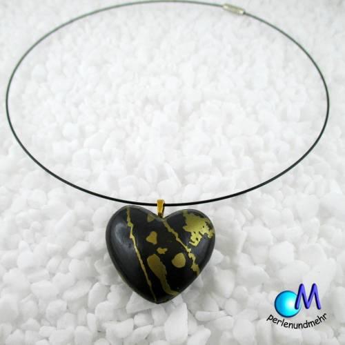 Kette Collier mit schwarz gold Herz handgearbeitet handmade  ART 3927