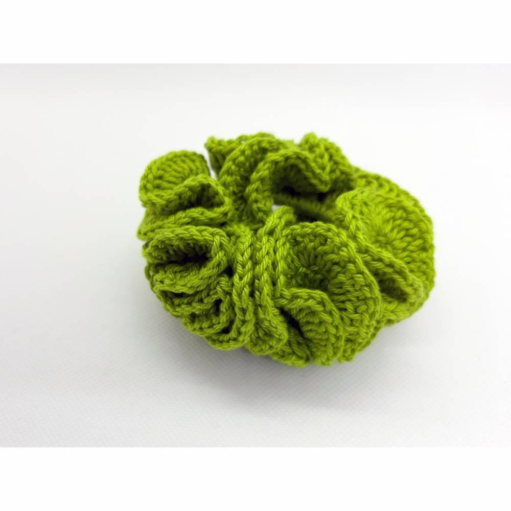 Zopfgummi Haargummi gehäkelt grün Bild 1