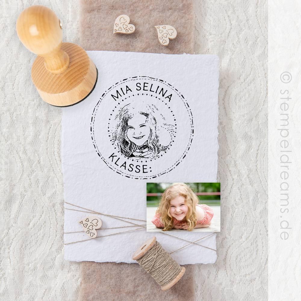 Einschulungsstempel mit deinem Foto - personalisiertes Geschenk - Portraitstempel - Bilderstempel - verschiedene Größen - 700 Bild 1