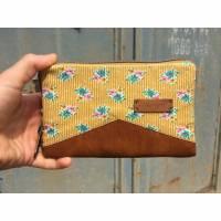 Geldbörse Little Mynta – Portemonnaie mit umlaufendem Reißverschluss - Blumen gelb Bild 1