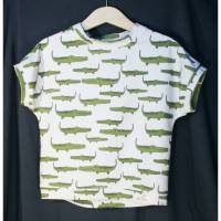 aCaso kurzarm T-Shirt aus weichem BIO Jersey mit süßem Design Krokodile von Lillestoff designed by Lillemo