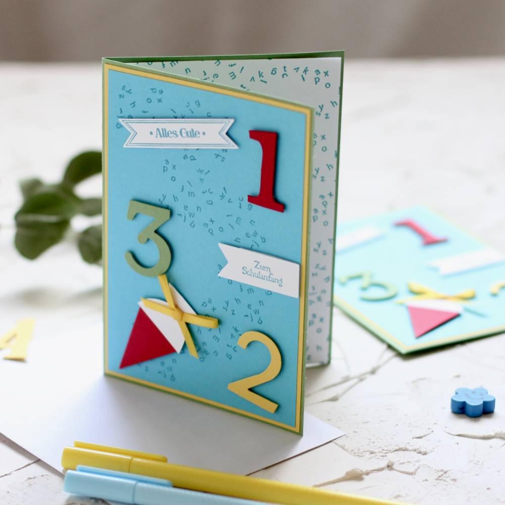 Grußkarte zur Einschulung Schultüte Zahlen Schulanfang Glückwunschkarte Bild 1