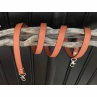 Brauner Schultergut in Kunstleder, Taschen Ersatzgurt, Taschenriemen, Taschengurt mit Karabinern Bild 1