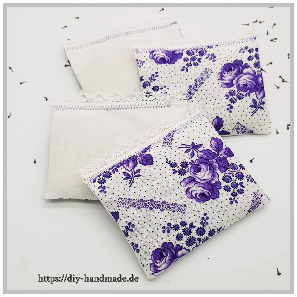 4 Lavendelduftkissen, Lavendelsäckchen, Lavendel aus Eigenanbau, ohne Füllstoffe. Orignal neuer Vintagestoff, Bild 1