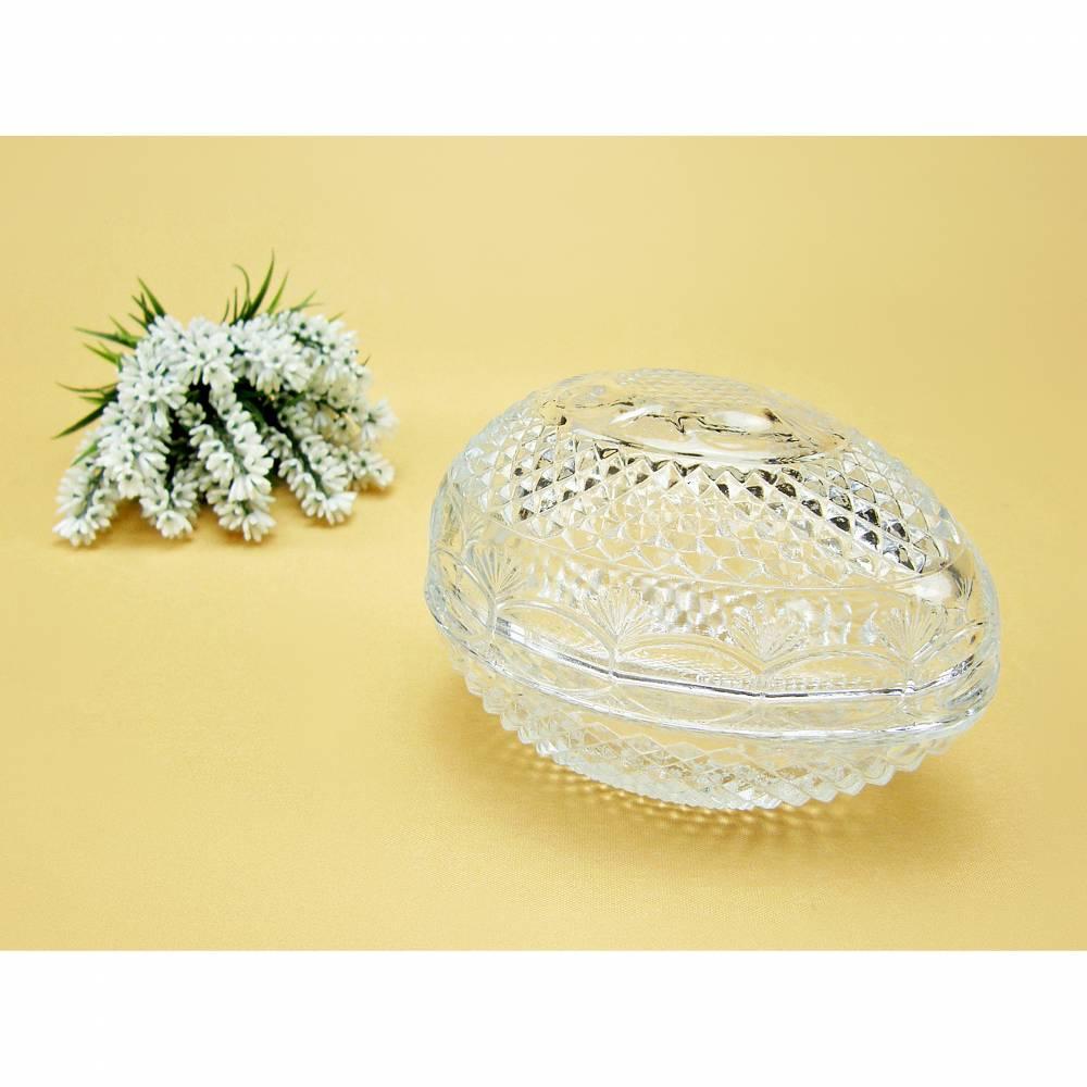Vintage - Altes Glasei Deckeldose Füllei Schmuckdose Glasschale mit Schliff Osterei Glas AVON Bild 1