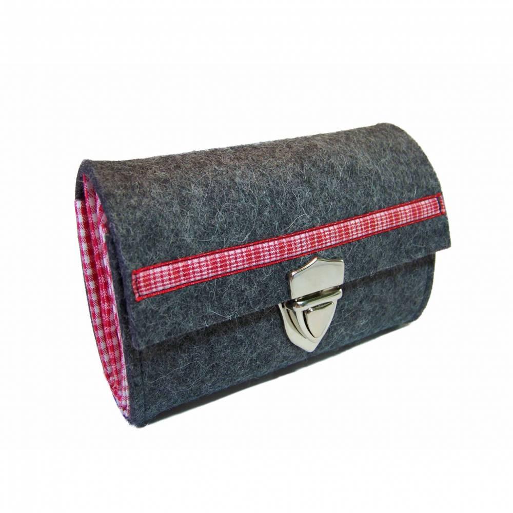 Handmade Portemonnaie Filz + Karo rot/hellgrün aus Merino Wollfilz Webband / Filzfarbe / Verschlussart auswählbar Bild 1