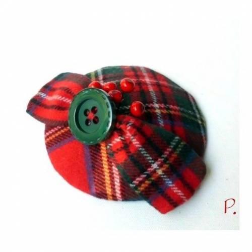 Haarschmuck; Headpiece; Fascinator; Kopfschmuck / Schottenkaro / rot-grün / one size / 12 cm Durchmesser