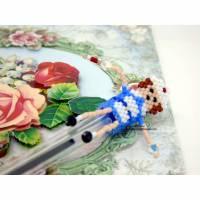 Pen Topper Stiftaufsatz Krankenschwester aus Perlen gefädelt 3 cm Bild 1