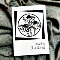 schlichte Trauerkarte - Blumen - handgeschrieben Bild 1