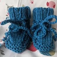 Hübsche Babyschuhe / Babystiefel aus reiner Wolle petrol Bild 1