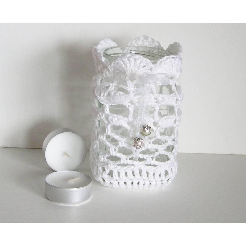 Windlicht, weiß mit Organzaband, Balkon-Windlicht, gehäkeltes Windlicht,weißes Tischlicht, romantisches Windlicht, Windlicht zum Hängen Bild 1