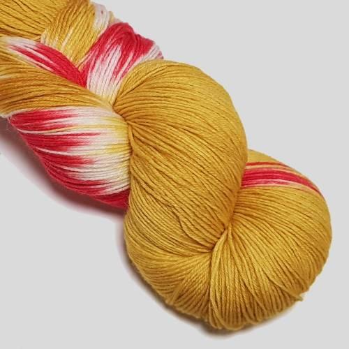 Sockenwolle Handgefärbt Trekking