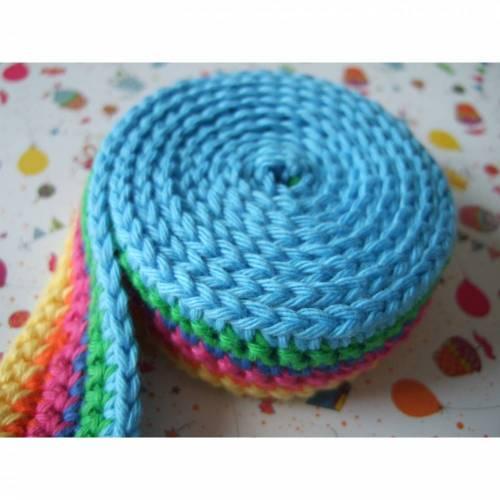"""Gehäkeltes Schneckenband """"Multicolor"""" für kleine Hände"""