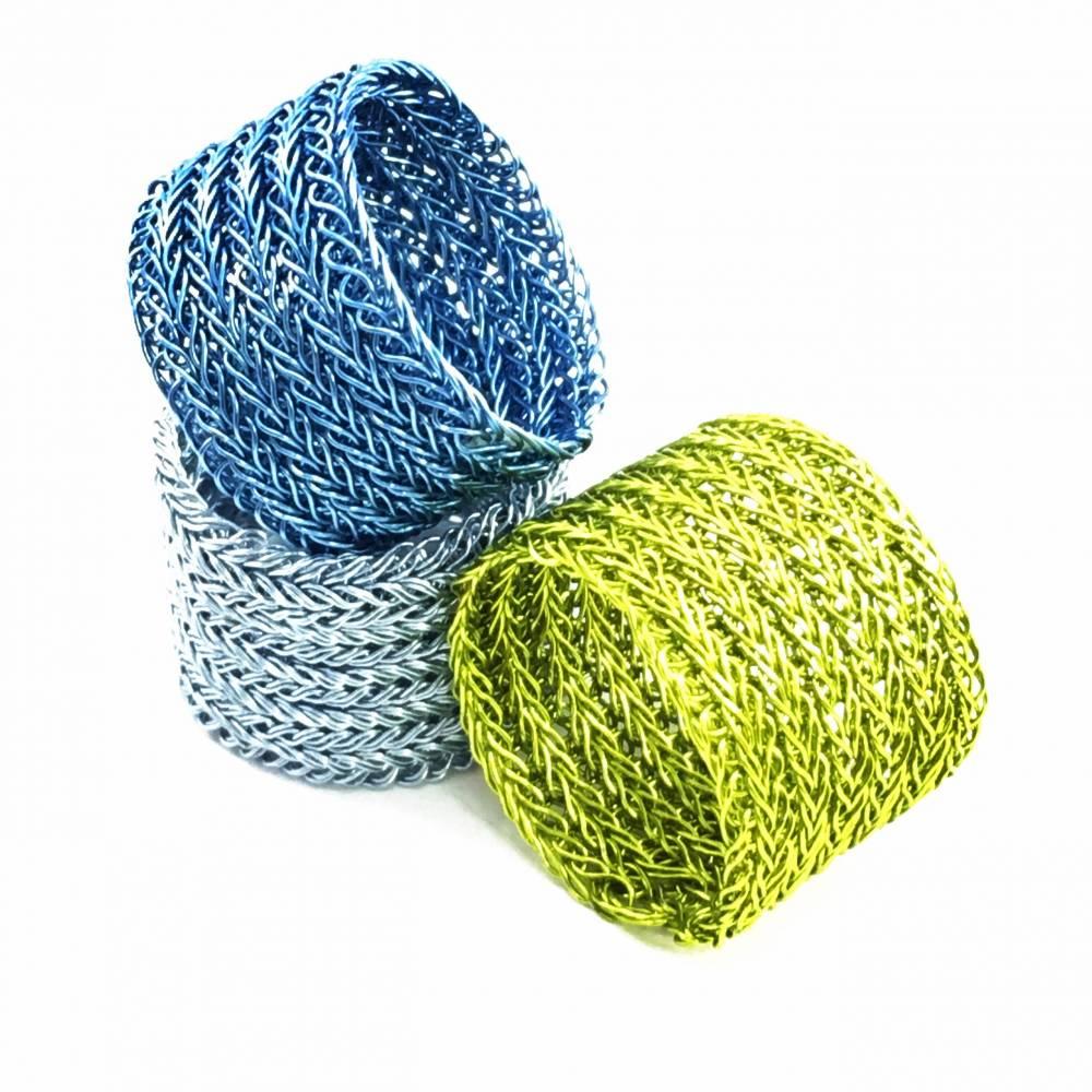 STRICKRING: Unifarbener doppelt gestrickter RING aus farbigem Kupferdraht - Farbwahl Bild 1