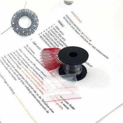 ANLEITUNGS-SET Fortgeschrittene 2 - DONUT - Schmuck aus Draht stricken / deutsche Schritt-für-Schritt Anleitung inkl. Material