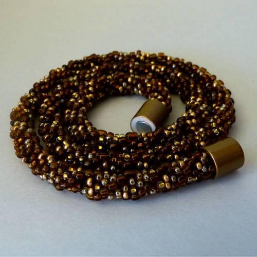 Elegante Häkelkette, braun mit gold, silber und kupfer, Länge 54 cm, Halskette aus Glasperlen gehäkelt, Perlenkette, Glasperlenkette, Magnetverschluss, Kette, Schmuck