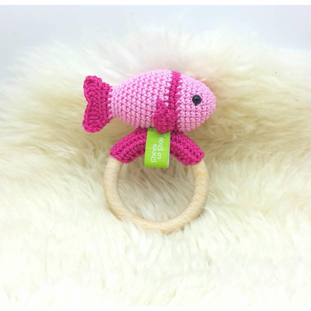 Rassel gehäkelt Fisch, Pink, Geschenk, 100% Baumwolle, Wunschfarbe Bild 1
