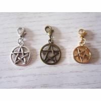 """Charm Anhänger """"Pentagramm"""" mit Karabiner Bild 1"""