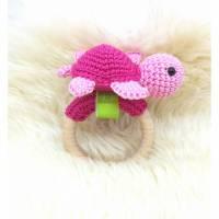 Rassel gehäkelt Schildkröte, 100% Baumwolle, Pink / Rosa, Geschenk zur Geburt, Taufe, Weihnachten, Wunschfarbe Bild 1