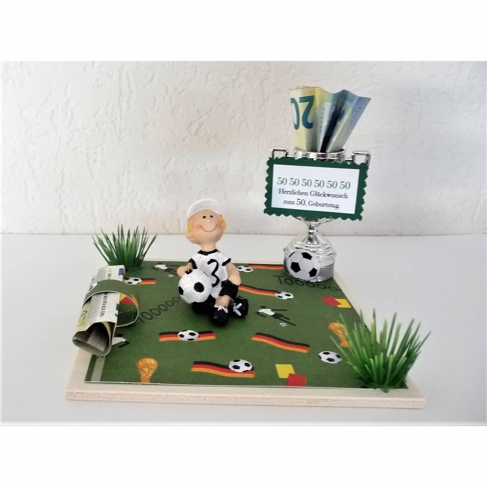Geldgeschenk Geburtstag Fußball Fan Mann Junge Geschenk Verpackung Deko-Pokal Bild 1